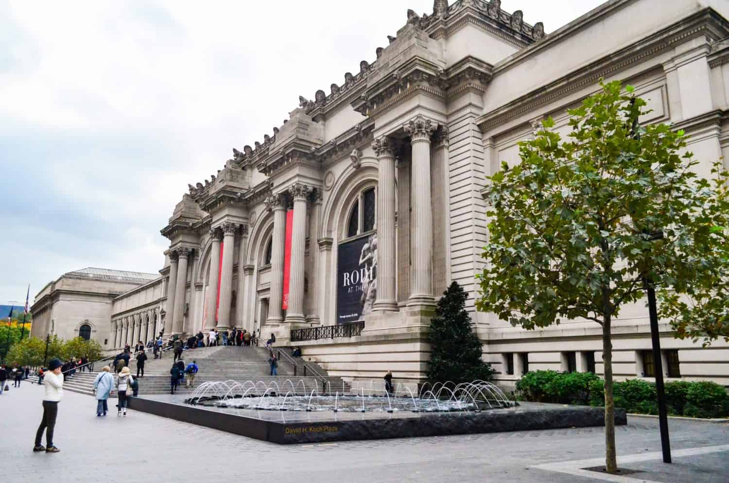 The Met is one of the top museums in nyc, best museum in nyc
