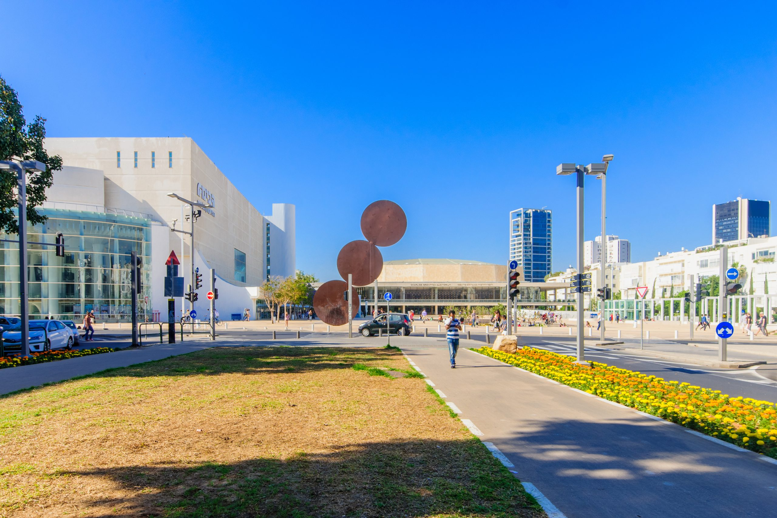 Habima Square - what to see in tel aviv, part of tel aviv sightseeing