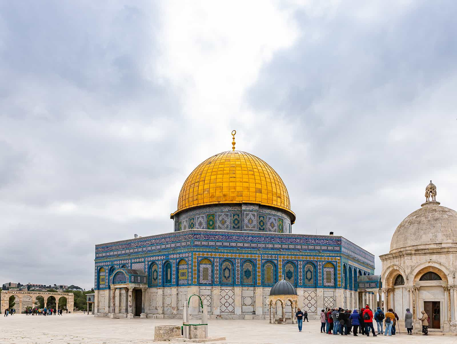 The Dome of the Rock mosque on the Temple Mount. One of the important sights jerusalem old city