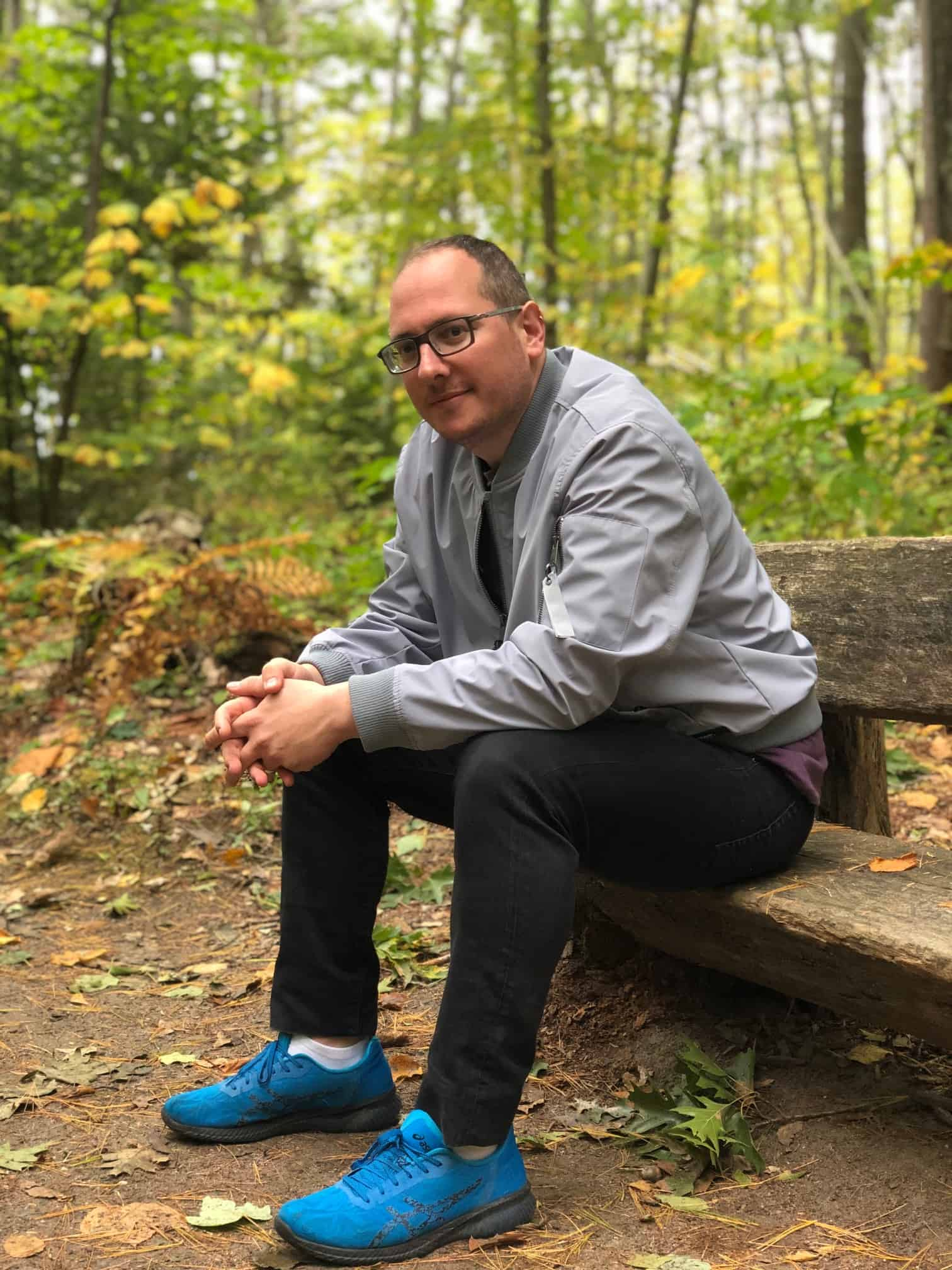 Wolfe's Neck woods State park - sitting on a bench